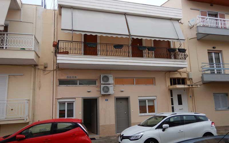 Sisifou Apartment (Korinthos):ギリシャ10日目